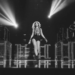 The Mrs. Carter Show:San Jose, CA