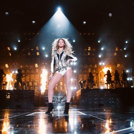 Beyonce: X10<br>The Mrs. Carter Show World Tour